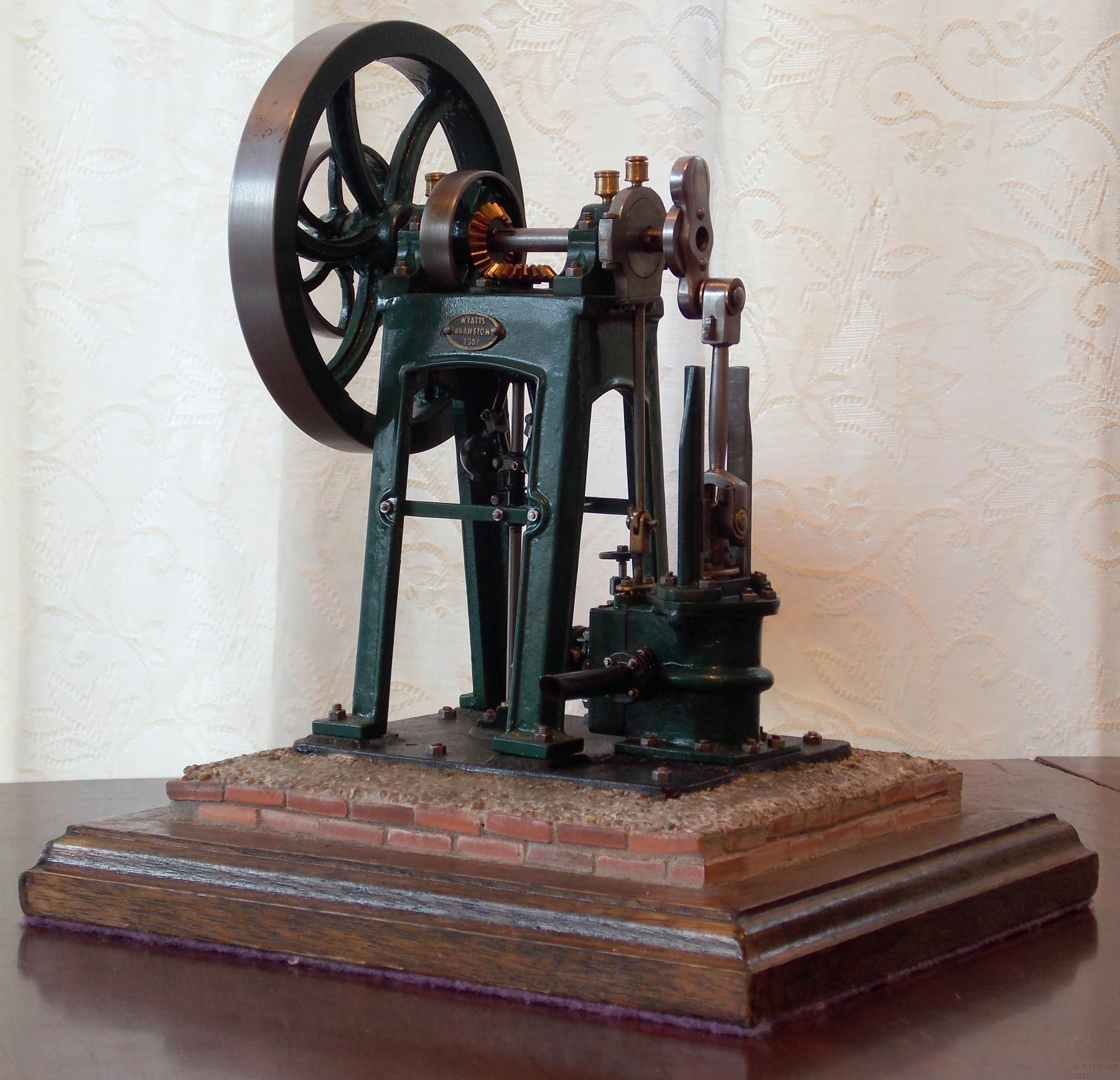 Model of Vertical Mill Engine