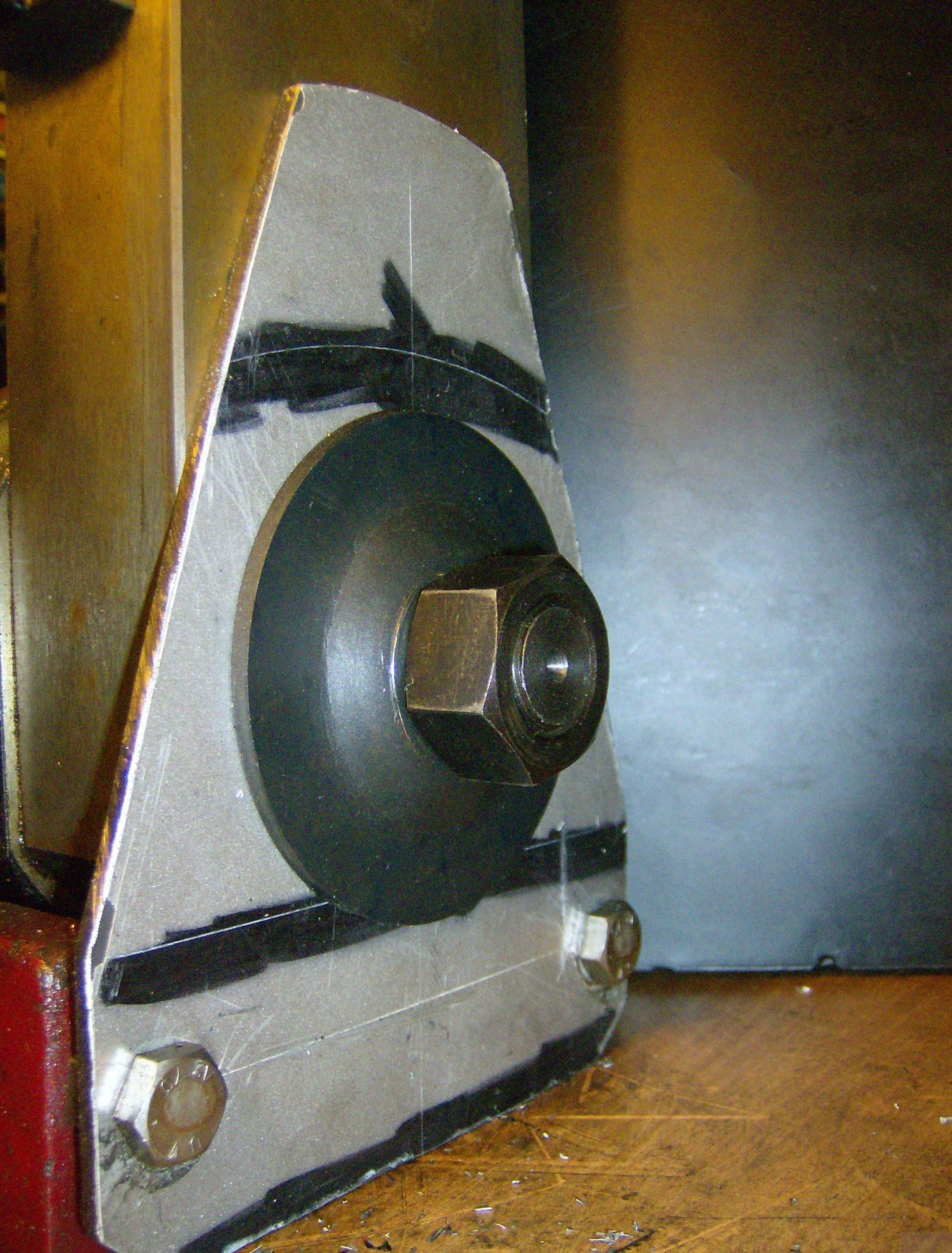 The stiffening plate fitted to the back of the X2 Mill