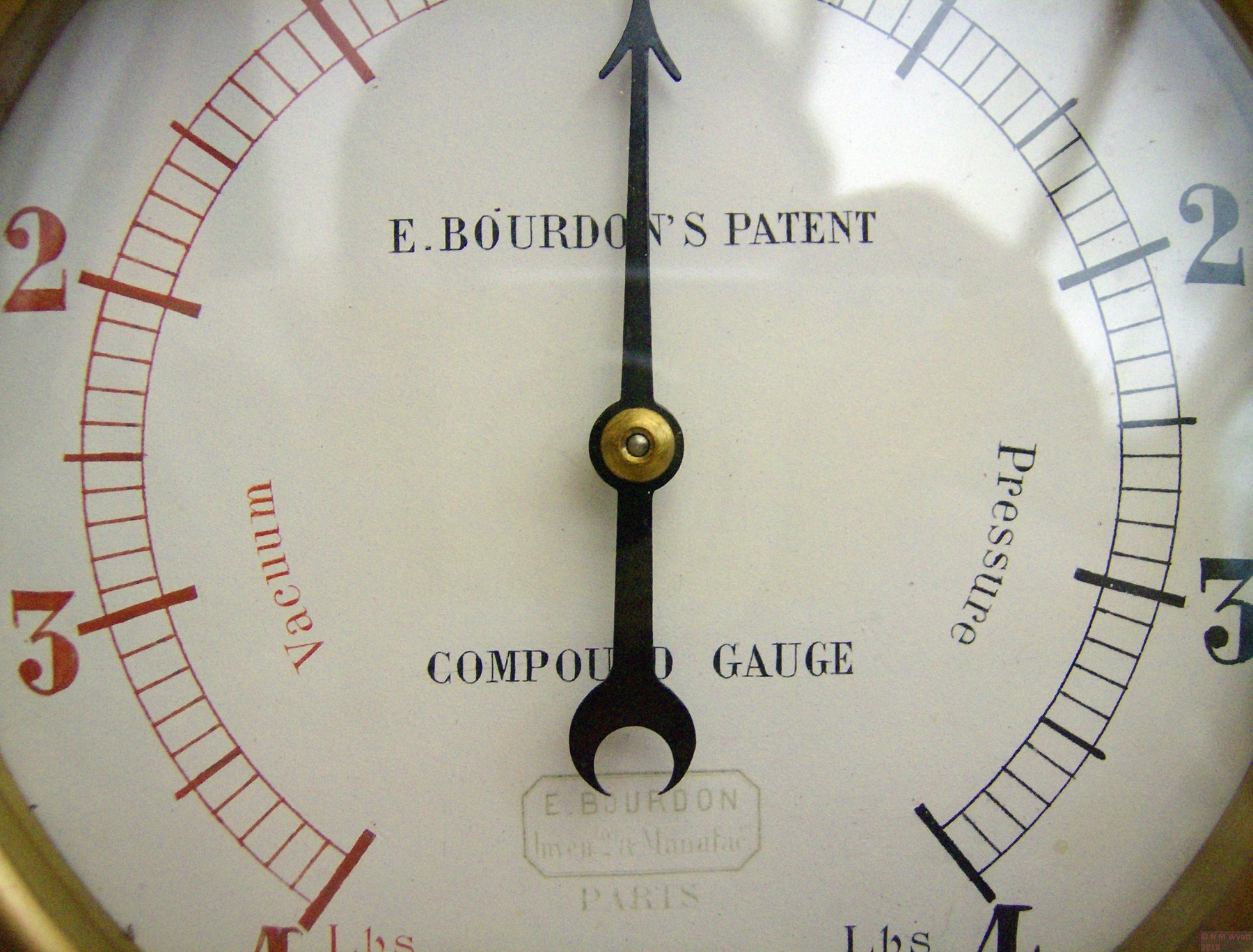 Dial of Eugene Bourdon's Patent Compound Gauge